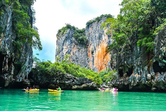 Phang Nga Bay Canoeing & James Bond...