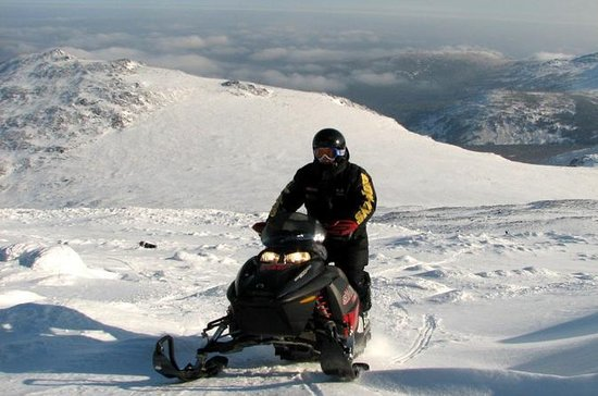 Snowmobile tour to Narodnaya Mountain