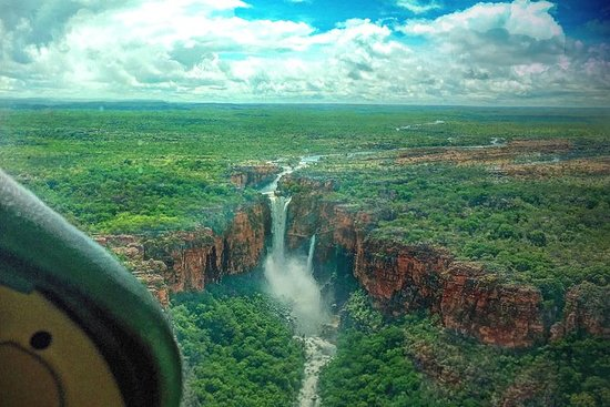 Kakadu & Katherine Gorge Full Day Air...