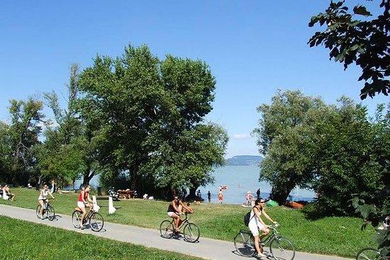 Tour en vélo privé au bord du lac...