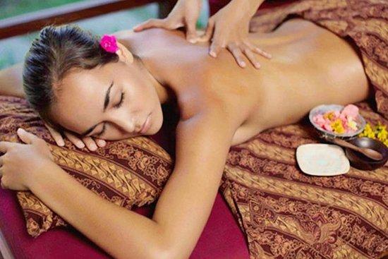 Bali Nusa Dua Massage and Dinner Half...