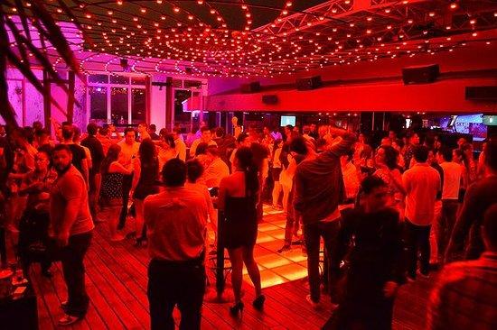 Mandala Sky Club VIP Natt ute i ...