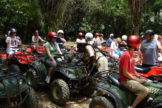 Jungle ATV en grot-rafting excursies ...
