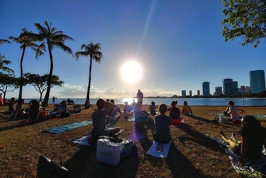 Sunset Yoga Flow par Yoga Love Mana