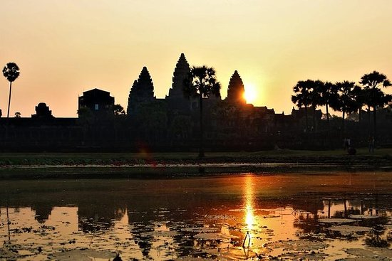 Private 1 Day Angkor Sunrise Tour...