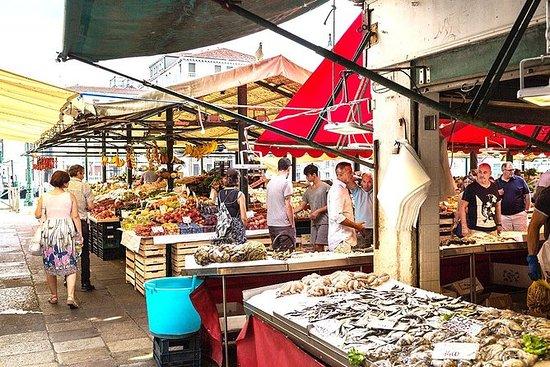 Rialto Farmers Market Food Tour em...