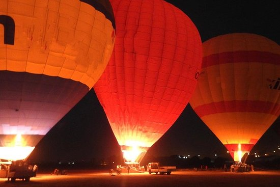 Hot air balloon ride, Luxor, Egypt