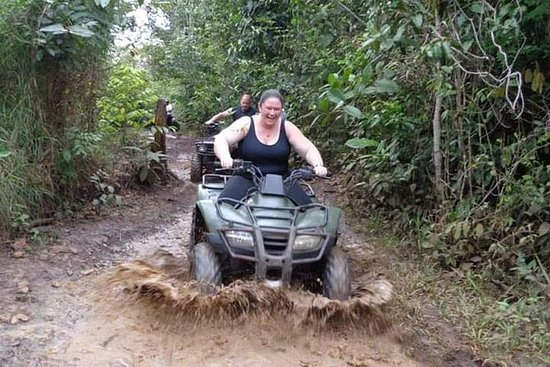 Jungle ATV en Cave Rafting Tour ...