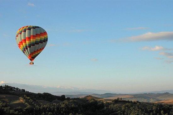 Passeios de balão de ar quente na...