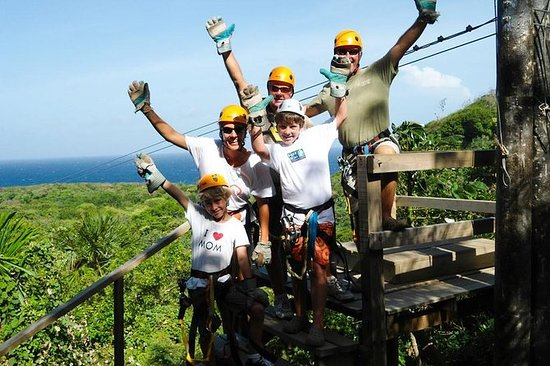 Roatan Shore Excursion: Zip Line avec...
