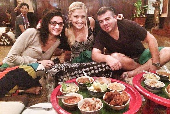 Cena tradizionale Khantoke e