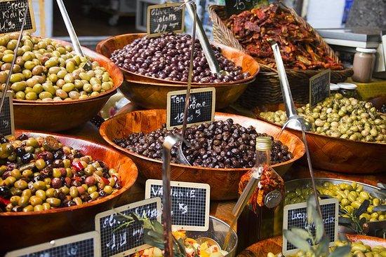 Essen in kleiner Gruppe von Nizza aus