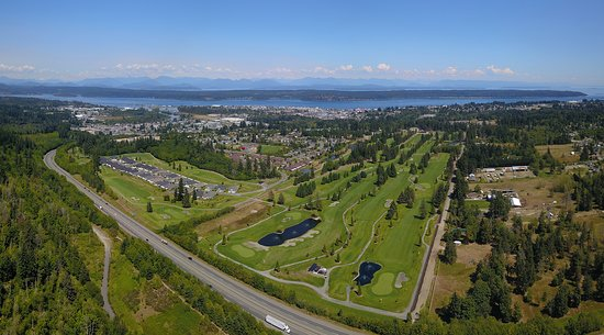 The Campbell River Golf & Country located minutes from the ocean in the heart of Campbell River.