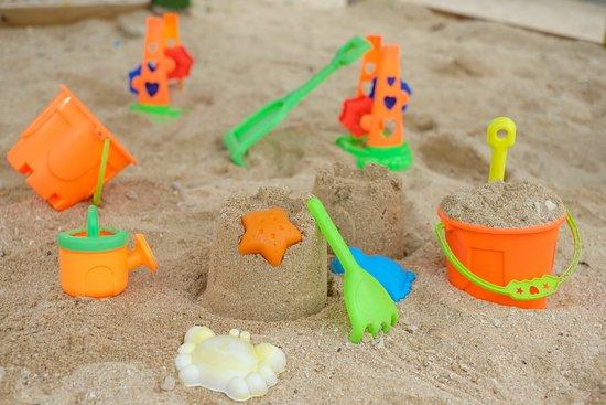 Mamanuca Islands, Fiji: Sand toys
