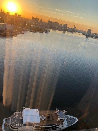 Beautiful nite view & sunrise!