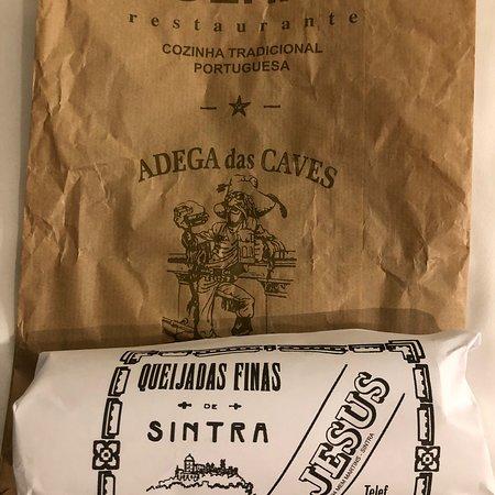 Tulhas Bar & Restaurante: シントラ名物Queijdas