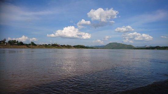 Chiang Khan, Thailand: Das laotische Ufer