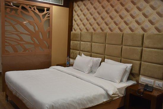 Sriram Hotel