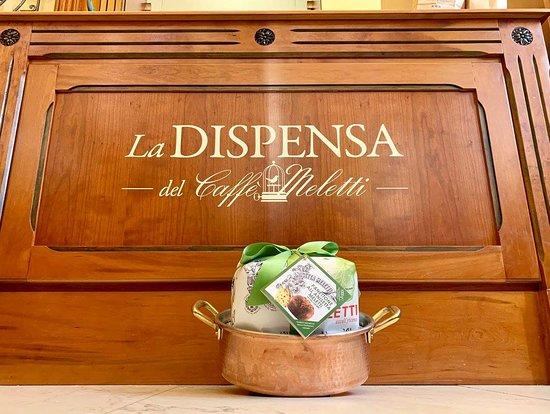 Caffè Meletti : La nostra dispensa: nel nostro Caffè, un angolo dedicato a prodotti di qualità selezionati per v