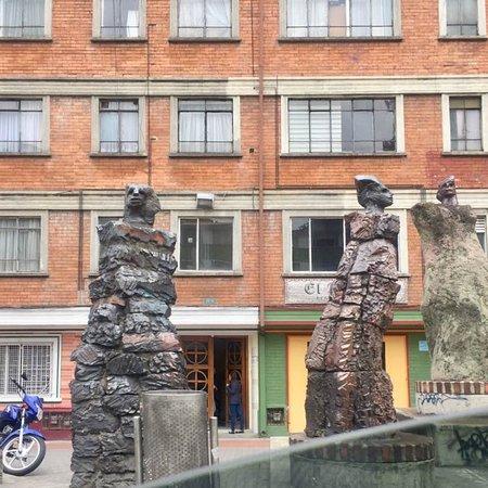 Esculturas Las edades de Bogota