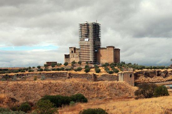 Belalcazar, Spain: Heavily scaffolded