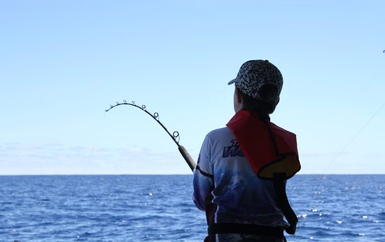 Mandurah, Australia: Families welcome upon the boat for a great day safe fishing. great crew who look after everything