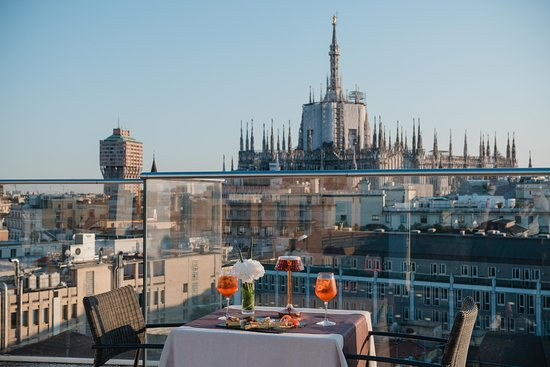 Latitude 45 Rooftop Bar Milan San Babila Menu Prices