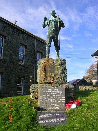 Statue of the poet Hedd Wyn in the centre of the village (Trawsfynydd)