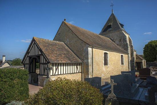 Gaillon, France: Saint Pierre La Garenne
