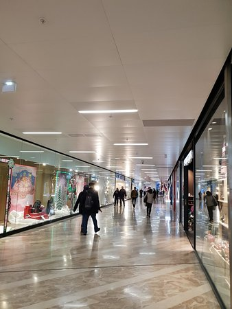 galeries lafayette marseille 2019 all you need to know before you go with photos tripadvisor. Black Bedroom Furniture Sets. Home Design Ideas
