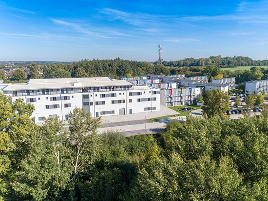 Das Leistungszentrum in Kiel/Altenholz beherbergt neben dem Hotel Athletik auch ein Functional Fitness-Studio sowie eine Physio- und Massagepraxis.