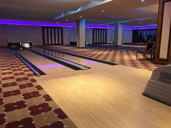 Strike Bowling Alley