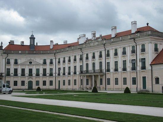 Castello di Fertod - una delle dimore dei re di Ungheria