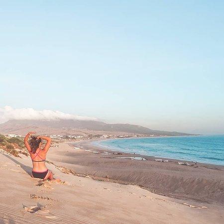 Costa de la Luz, Španělsko: View of Bolonia Beach from the top of the dune. Breathtaking ;)