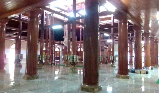 Ampel Mosque Photo