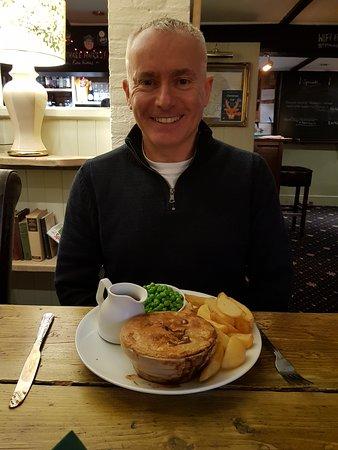 Bilbrough, UK: Steak and Ale pie