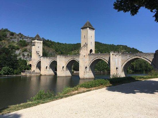 Bron från västra stranden.