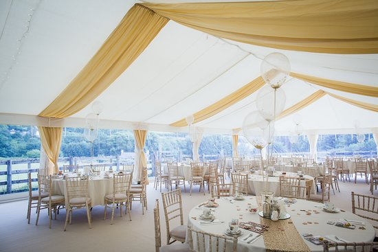 Mary Tavy, UK: Wedding Marquee in the Garden