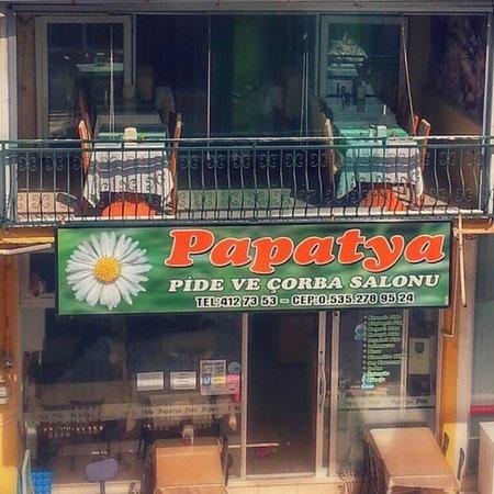 Gediz, Turkey: Papatya Pide ve Çorba Salonu