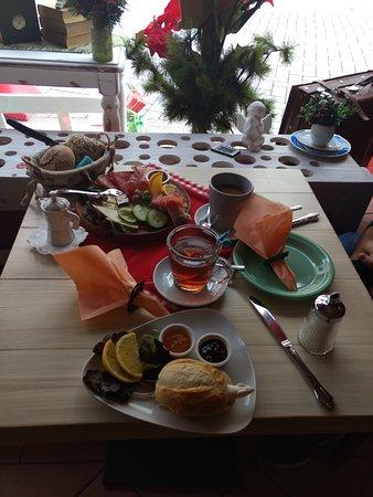 Konigslutter, Germany: Leckeres Frühstück