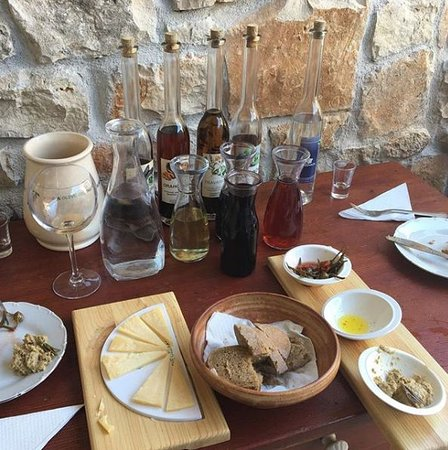 Nerezisca, Croacia: Wine tasting Franulic
