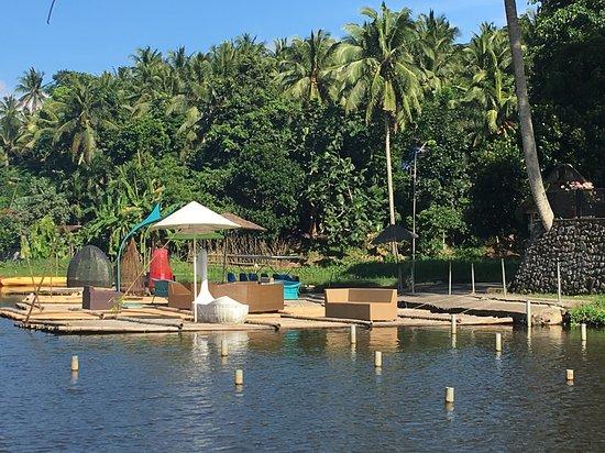 Camalig, ฟิลิปปินส์: floating rafts for rent