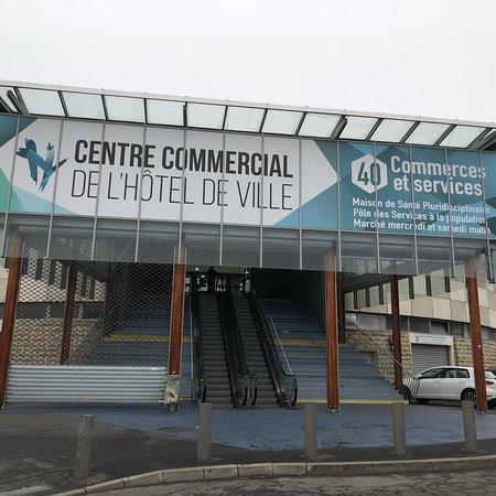 Centre Commercial de l'Hôtel de Ville