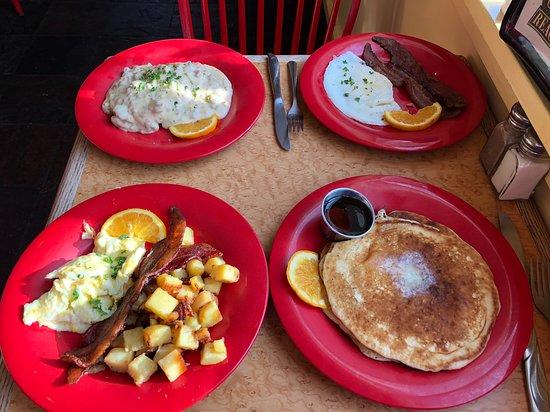 Chimacum, Вашингтон: Great breakfast food!