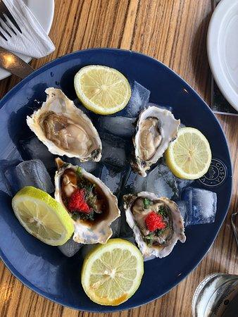 Lemonicious: Fresh oysters from the restaurant