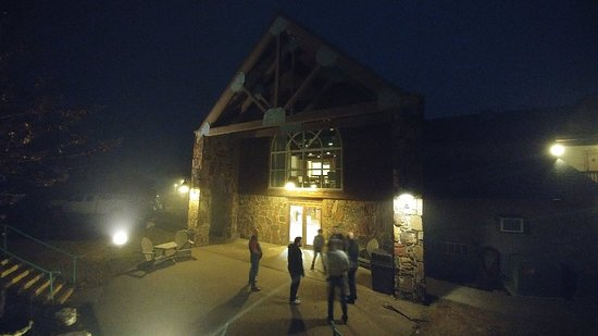 Lakeview Lodge Photo