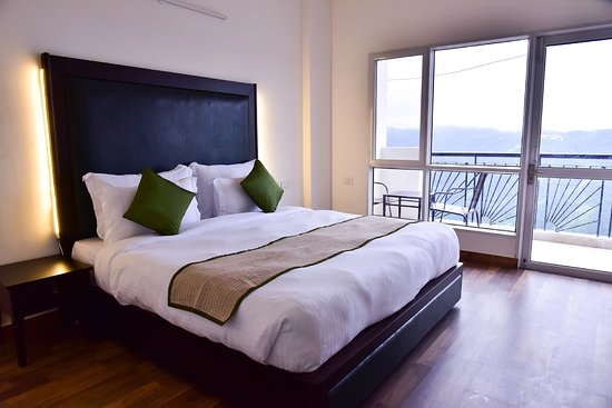 Balcony - Picture of Spangle Heights Suites & Residences, Shimla - Tripadvisor
