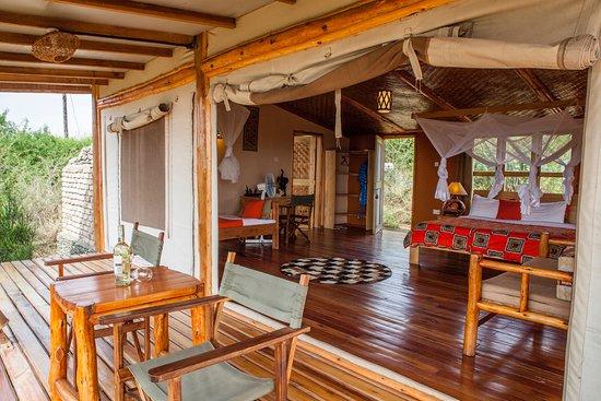 Marafiki Safari Lodge: Private sundowner on your balcony