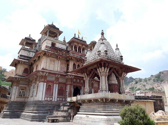 Tour Jaipur By Car