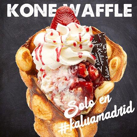 Ven a probar el auténtico Kone Waffle de Kalúamadrid, de Vainilla, Chocolate, Redvelvet.
